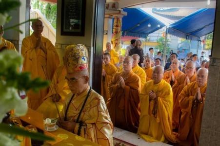 nguoiphattu_com_phat_tang_co_dai_lao_hoa_thuong_thich_quang_do8